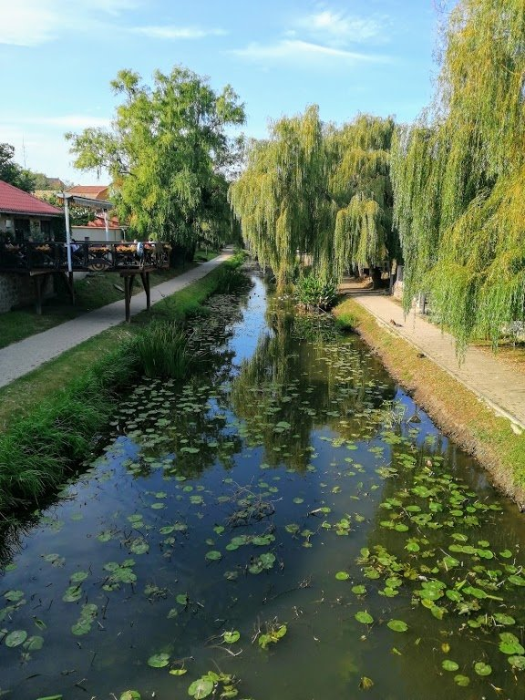 online társkereső nők három folyók